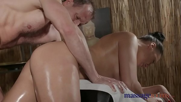 Russian, Russian milf, Multiple orgasms, Massage milf, Massage room