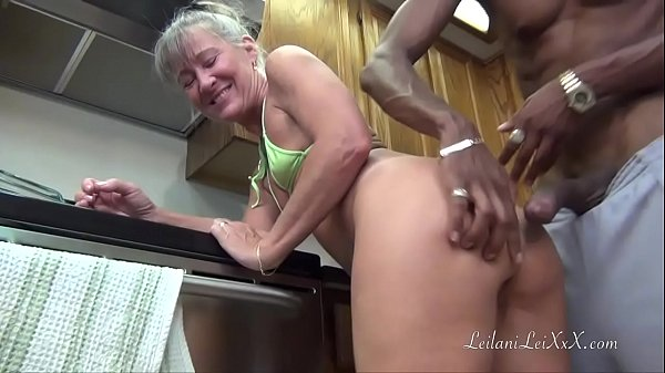 Kitchen, Facial, Toes, Camel, Camel toes