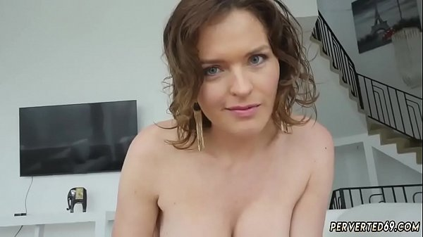 Stepmother, Solo milf