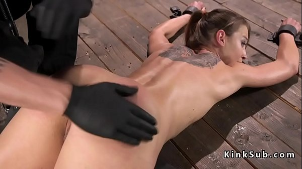 Whip, Small tits